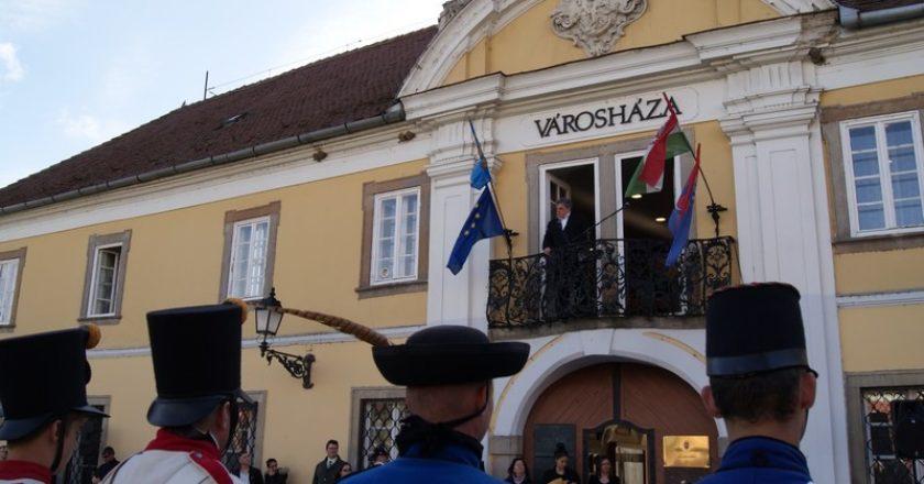 Fördös Attila Vác polgármester beszéde a Tavaszi Emlékhadjáraton