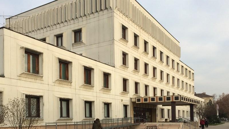 Váci kormányhivatal épülete
