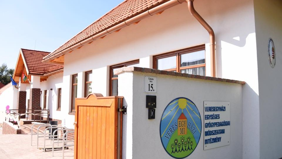 Veresegyházi Szó-fogadó Általános Iskola