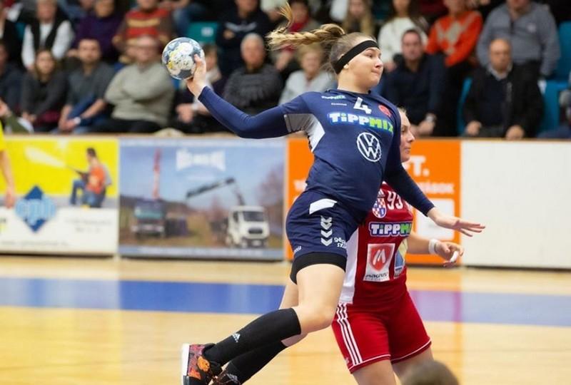 Kácsor Gréta a Dunaújvárosi Kohász KA-Váci NKSE női kézilabda mérkőzésen