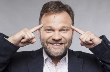 I. Gödi Sportbál Aranyosi Péter stand up előadás